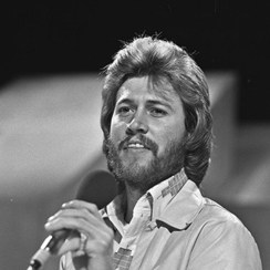 Barry_Gibb_(Bee_Gees)_-_TopPop_1973_3