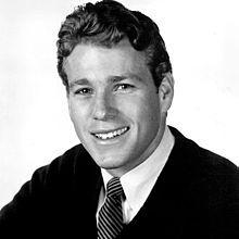 Ryan_O'Neal-1968