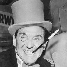 Burgess_Meredith_as_the_Penguin