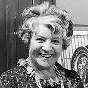 1901-1987-Irene_Handl_1966-Wikipedia