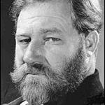 1907-1975-James_Robertson_Justice-Wikipedia