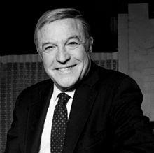 1912-1996-Gene_Kelly_Allan_Warren-Wikipedia
