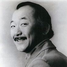 1932-2005-Pat_Morita_1971_publicity_photo-Wikipedia