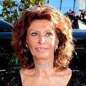 1934-Sophia_Loren_Cannes_2014_2-Wikipedia