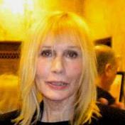 1937-Sally_Kellerman_2009
