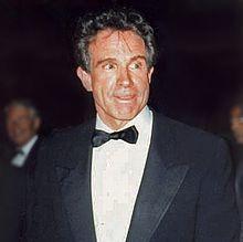 1937-Warren_Beatty_(1990)-Wikipedia