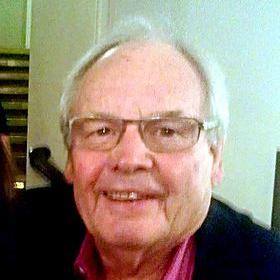 1939-TonyHatch2013-Wikipedia