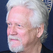 1946-Bruce_Davison_52nd_Annual_Publicists_Awards_-_Feb_2015_(cropped)-Wikipedia