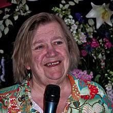 1947-Clarissa_Dickson_Wright_2011-Wikipedia