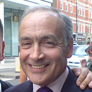 1952-Alastair_Stewart_31.08.07-Wikipedia