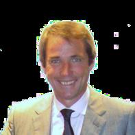 1955-Alan_hansen_in_2004