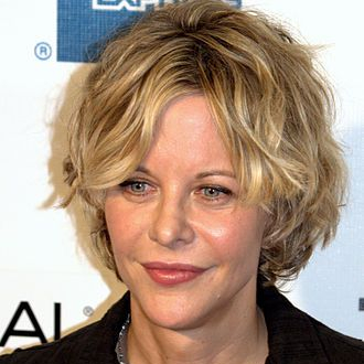1961-Meg_Ryan_2009_portrait