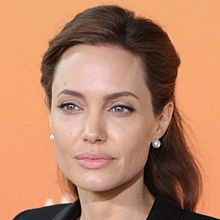 1975-Angelina_Jolie_2_June_2014_(cropped)