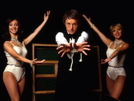 1979-The_Paul_Daniels_Magic_Show