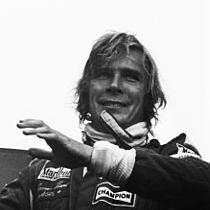 1993-James_Hunt_-_Dutch_GP_1976_crop_mod