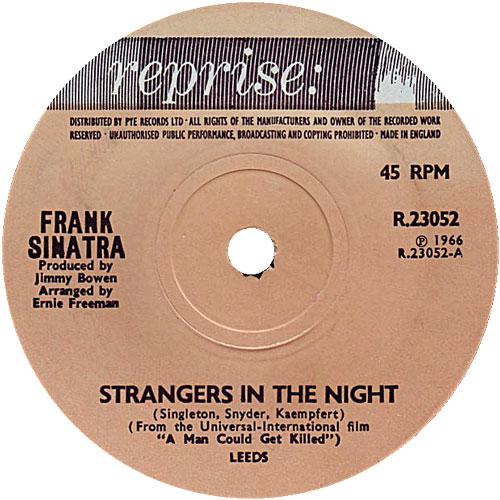 frank-sinatra-strangers-in-the-night-1966