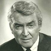 1908-1997-James_Stewart-Hawkins_1973-Wikipedia
