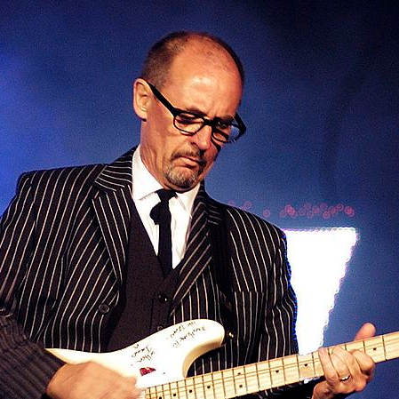 1948-Andy_Fairweather-Low,_July_02_2006-Wikipedia