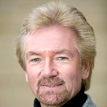 1948-Noel_Edmonds_2006-Wikipedia