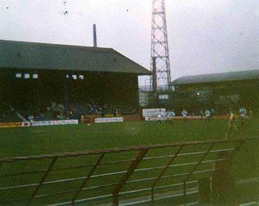 1908-1994-Huddersfield_Town-Leeds_Road