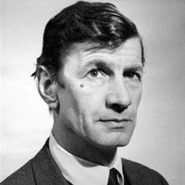 1916-1976-Actor_Michael_Gwynn-Wikipedia