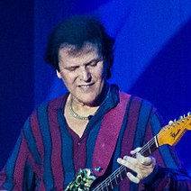 1954-Trevor_Rabin_July_2017-Wikipedia