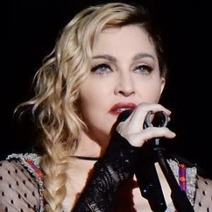 1958-Madonna_Rebel_Heart_Tour_2015_-_Stockholm_(23051472299)-Wikipedia