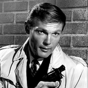 1928-2017-Adam_West_1961-Wikipedia